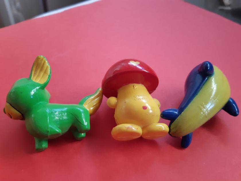 Les trois créatures renversées